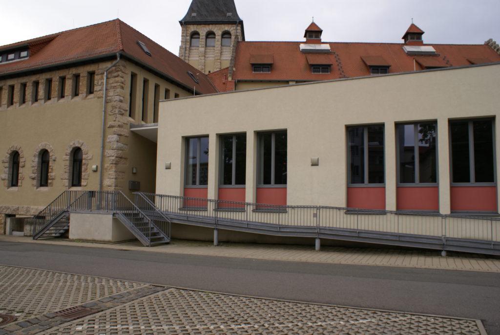Bild vom Hintereingang des Jenaer Volksbades